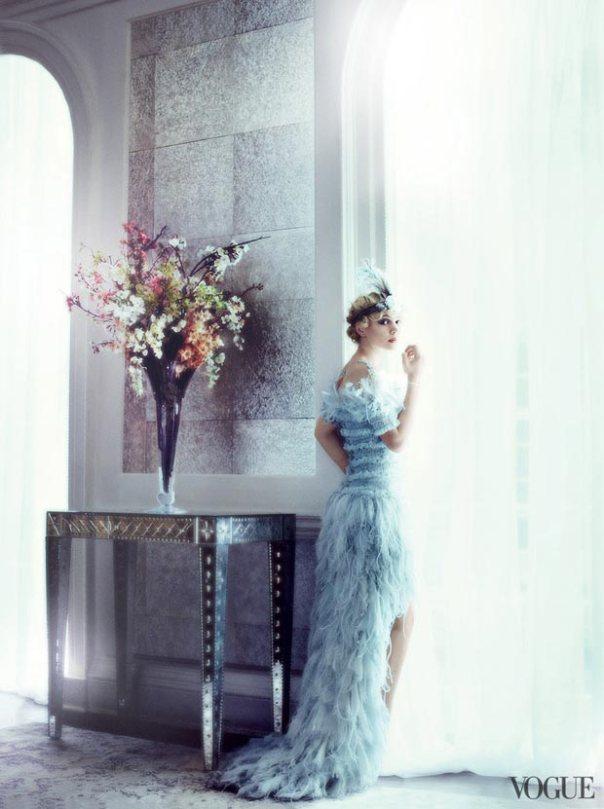 gatsby-s-daisy-carey-mulligan-vogue-may-2013