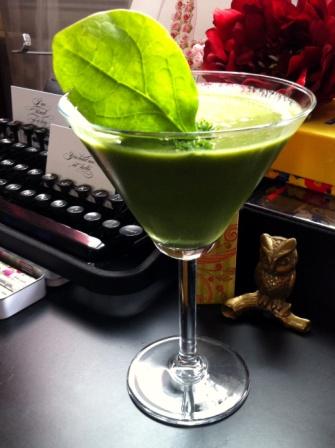 Green Smoothie, #smoothie, #greensmoothie, Maylana's Closet, #maylana
